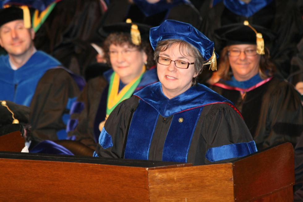 Ferguson Shares 'Sense of Place' At USAO Spring Commencement